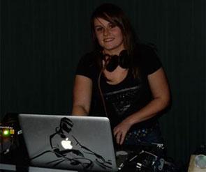 DJ ELYNN KHA